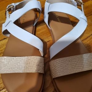 Cole Haan FINDRA STRPPY SANDAL. SIZE 6.5.